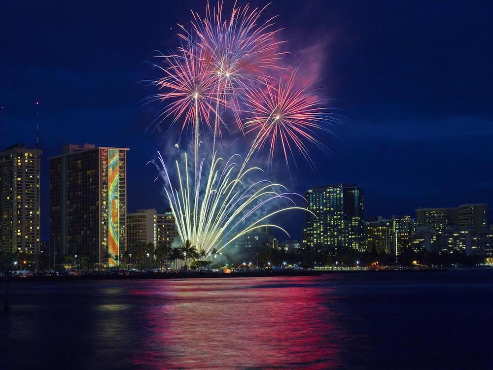 ハワイのホテル(イベント・花火)