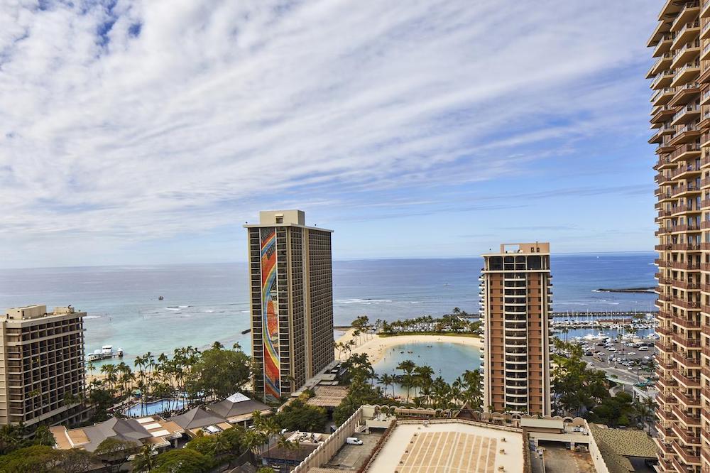 ハワイのリゾートフィー(イメージ)