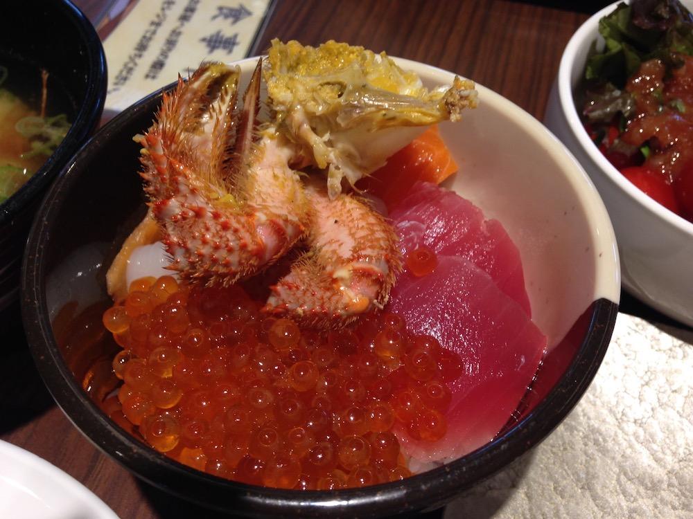 ホテル万惣(函館・朝食ビュッフェの海鮮丼)